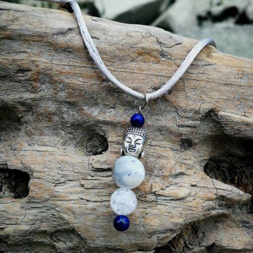 Merlinit - Varázslatos Buddha Inga medálos nyaklánc - Hegyikristállyal és Lápis Lazulival